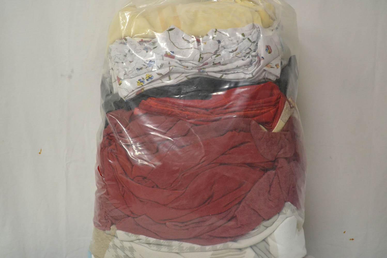 BYT0300 Смесь бытового текстиля; код мешка 12283726