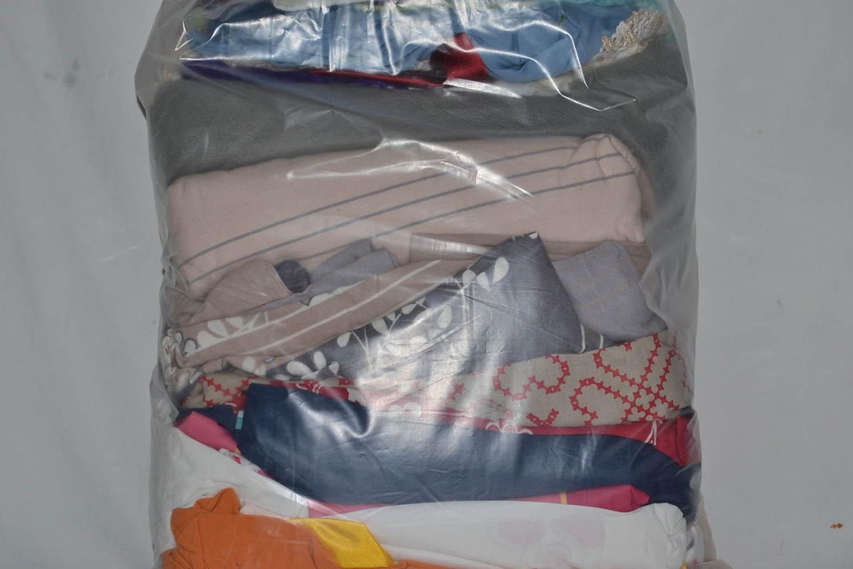 BYT0300 Смесь бытового текстиля; код мешка 12264430