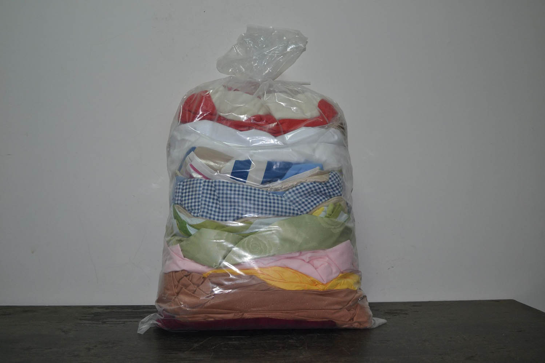 BYT0300 Смесь бытового текстиля; код мешка 12153723