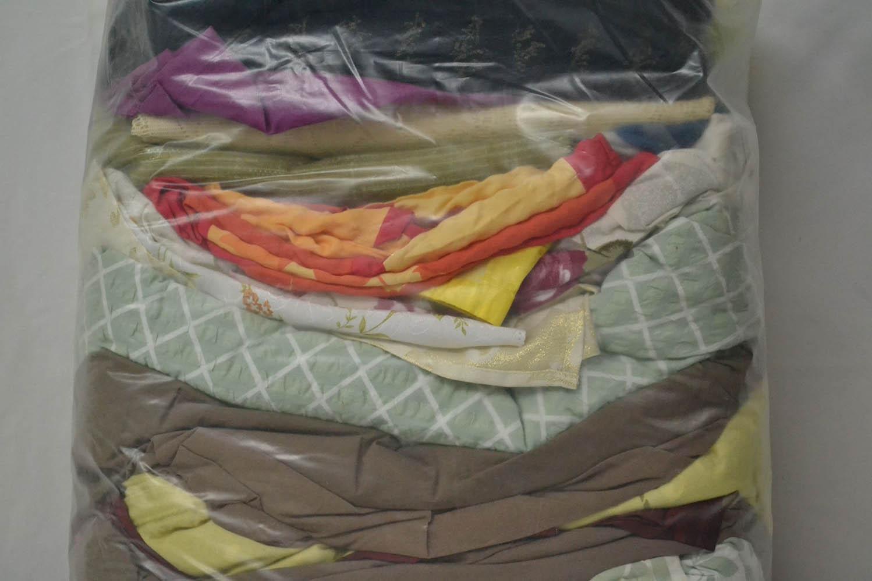 BYT0300 Смесь бытового текстиля; код мешка 64