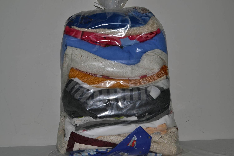 BYT0900 Смесь бытового текстиля; код мешка 12206793