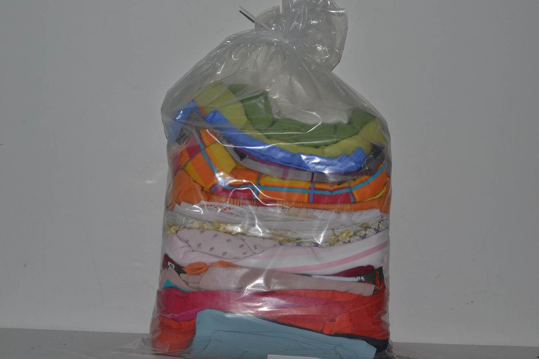 BYT0900 Смесь бытового текстиля; код мешка 12196358