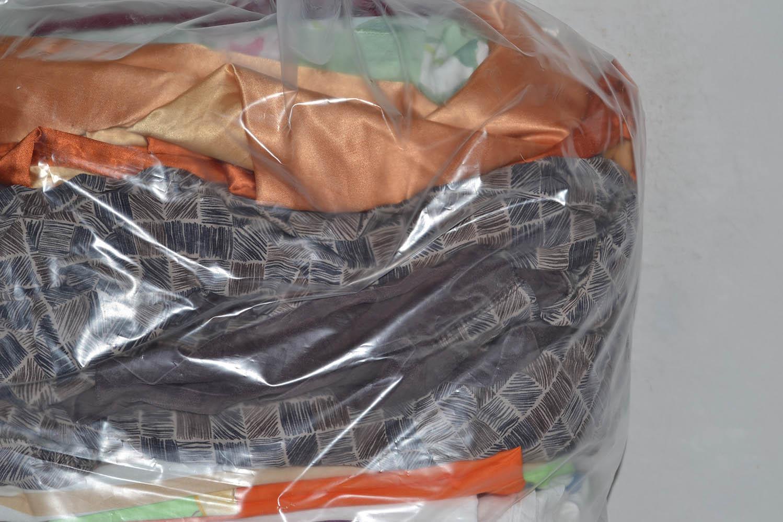 BYT0900 Смесь бытового текстиля; код мешка 12247084