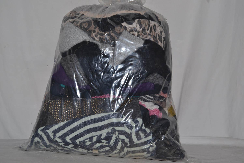 PLH3300 Вязаные блузки; код мешка 12221960