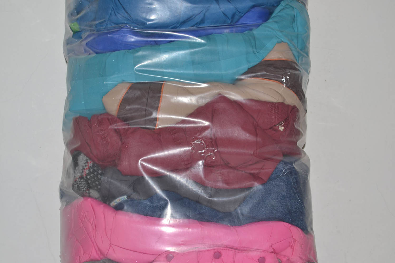 DEB09ZI ; детские зимние куртки; код мешка 12173180