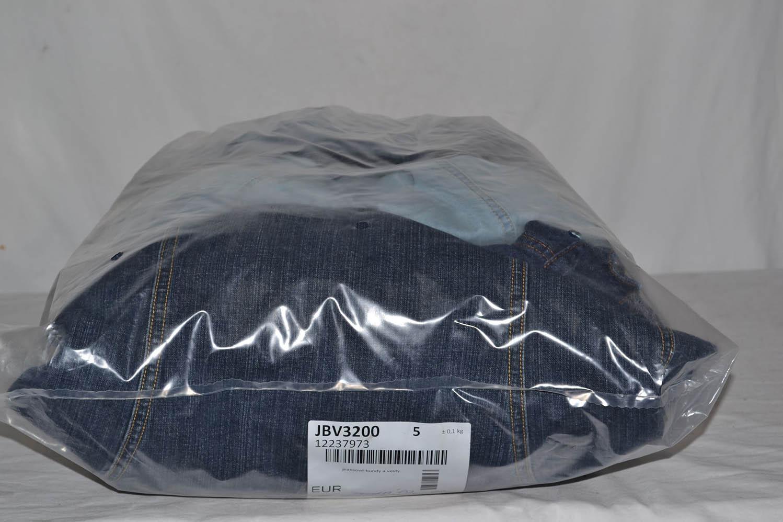 JBV3200 Джинсовые куртки; код мешка 12237973