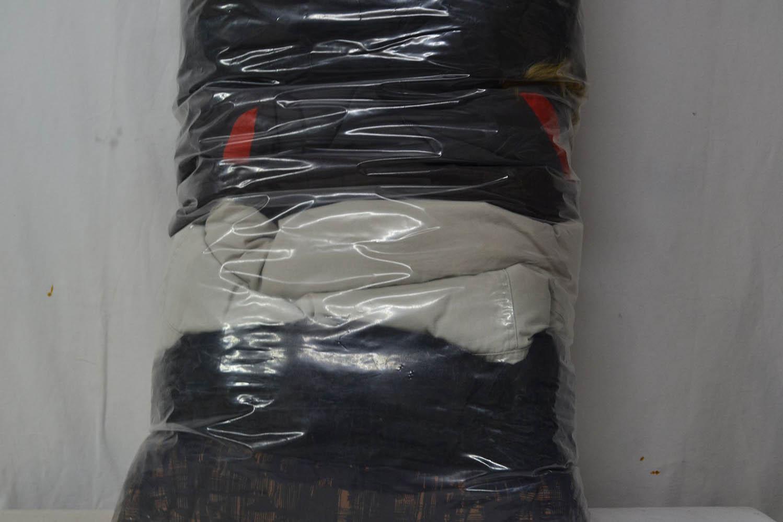 BUZ0900 Зимние куртки ; код мешка 12279915