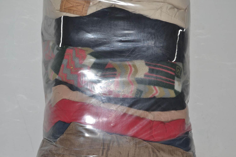 BUZ0900 Куртки зимние; код мешка 12082385
