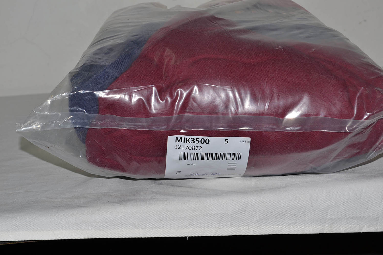 MIK3500 Толстовки; код мешка 12170872