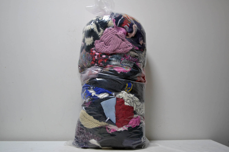SSC03ZI Шапки,перчатки,шарфы; код мешка 12072335