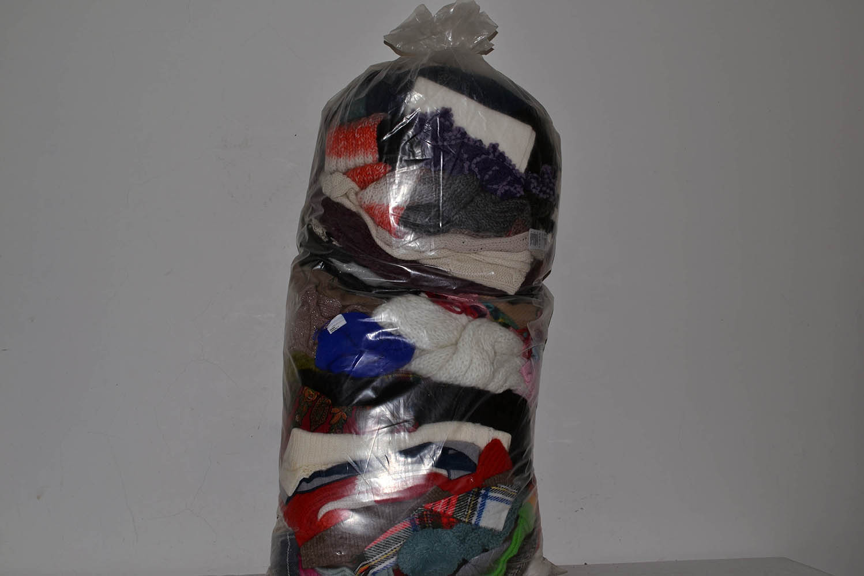 SSC03ZI Шапки,перчатки,шарфы; код мешка 12113479